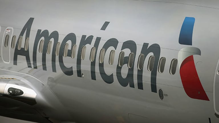 American Airlines Leaves Thousands of Passengers at Gates as It Pushes On-Time Departures