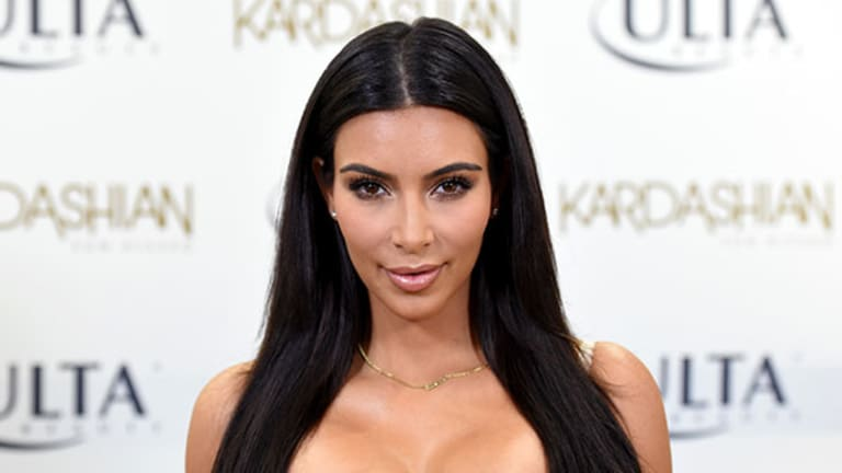 Should Twitter and Facebook Be Worried About the Kardashians?