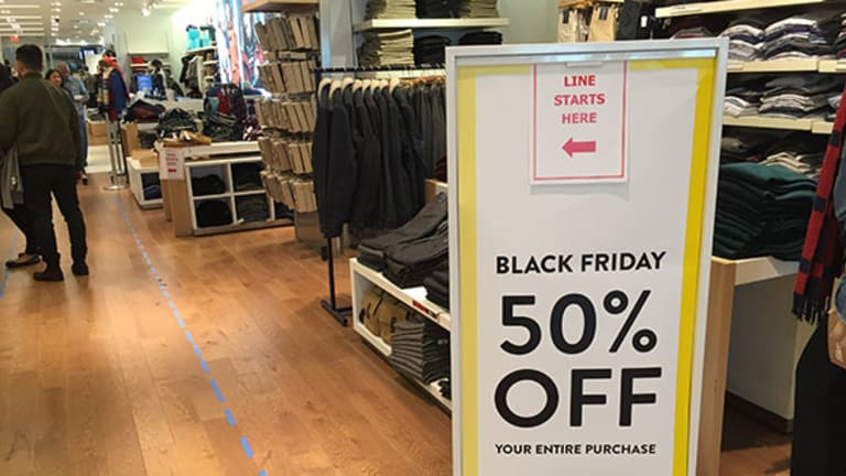 5 Photos That Speak Volumes About What Happened on Black Friday