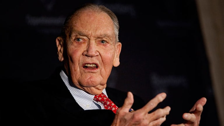 Jack Bogle: Trump Is Wrong, ETFs Are Bogus and Foreign Investing Is Useless