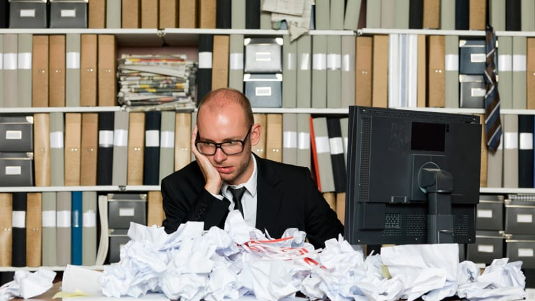 5 Career Problems You Had No Idea You Were Causing With a Messy Desk