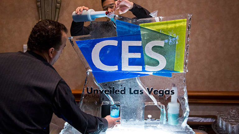 Finding a Bargain Amid the High-Priced Glitter at CES 2015