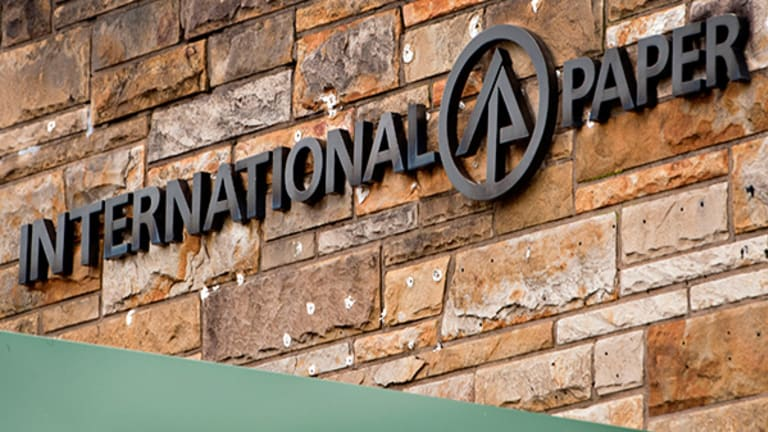International Paper Posts Earnings Beat, Misses On Revenue