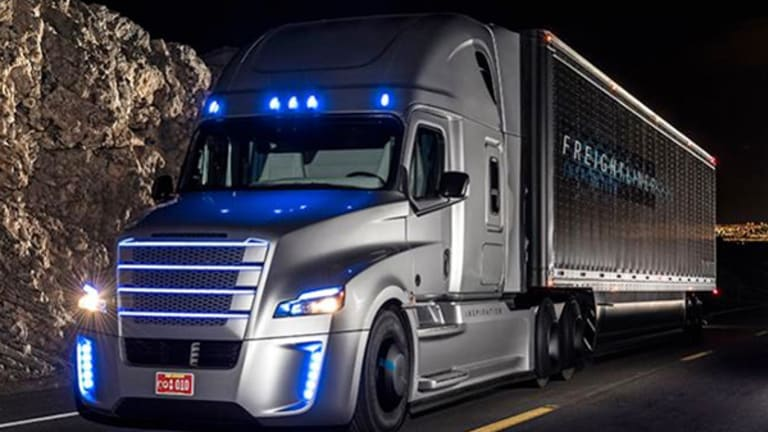 Self-Driving Trucks to Revolutionize Industry, Juice U.S. Economy -  TheStreet