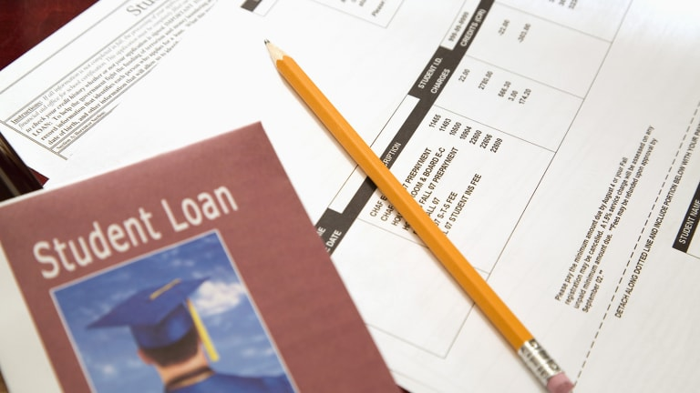Student Loan Debt Load Keeps Rising Across All Income Levels