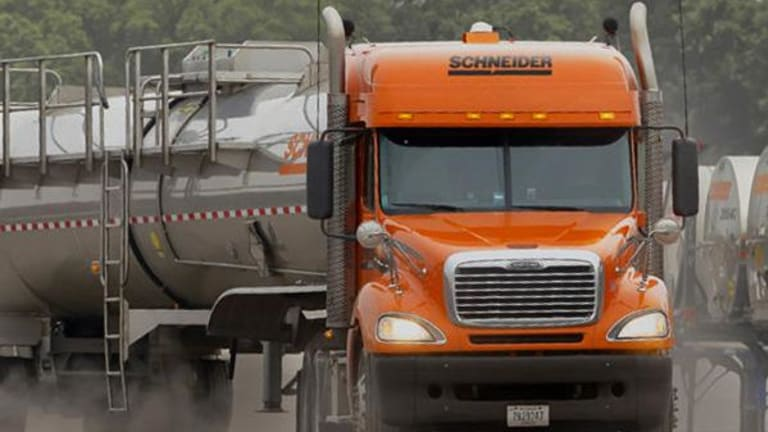 Goldman Sachs Thinks Self-Driving Vehicles Will Cause the Trucking Industry to Hemorrhage Jobs