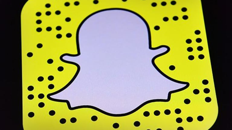 Snap Stock Gains as Augmented Reality 'World Lenses' Filter Opens to Advertisers
