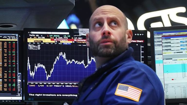 Stocks Lower as Trump Touts Protectionist Vision