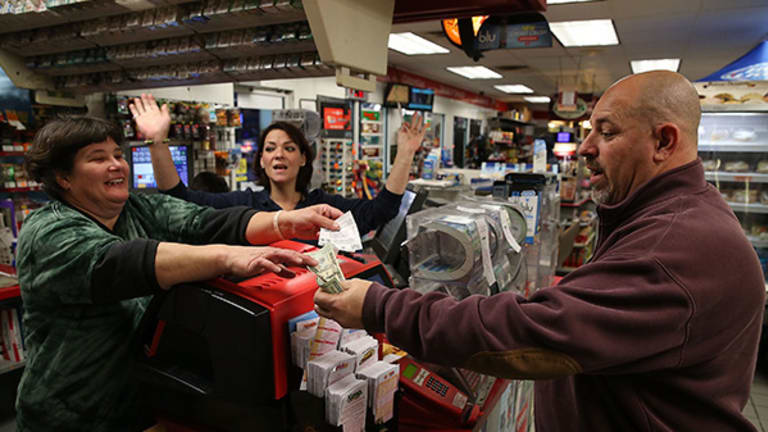 Powerball Jackpot Reaches $700 million, Second Largest Pot Ever