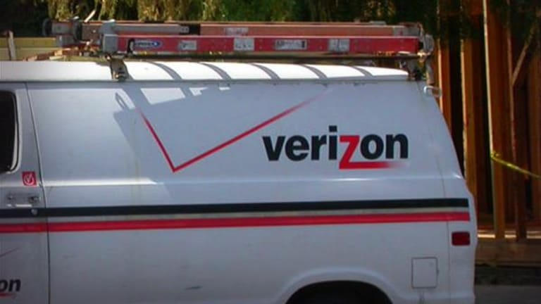 Verizon Misses First-Quarter Earnings Estimate, Sees Stable 2017 Revenue