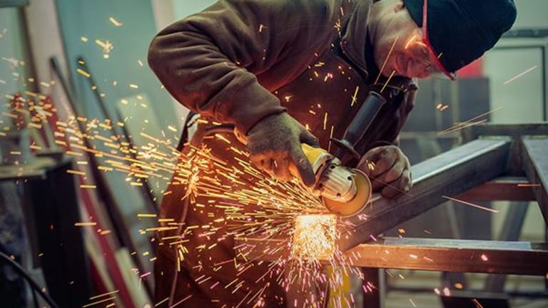 Valmont Industries Pops on 4Q Earnings