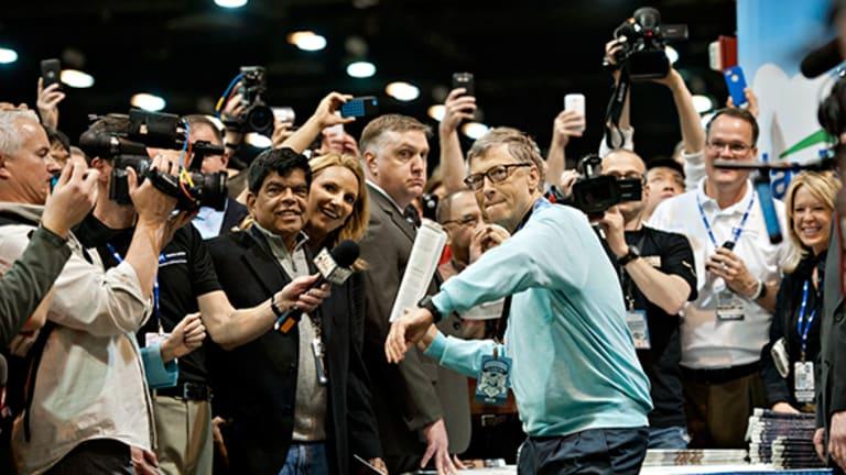Jeff Bezos and Warren Buffett are Plenty Rich, but Bill Gates Is Richer