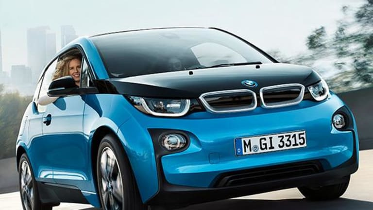 This Is Why the Great Electrification of BMW Should Terrify Tesla