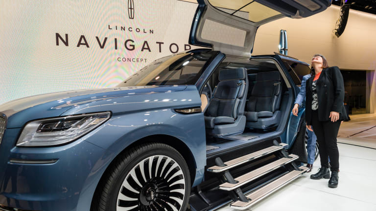 Lincoln's $95,000 Special Edition 2018 Navigator Is Luxury on Steroids