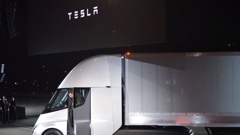 5 Biggest Takeaways From Tesla's Semi Truck and Roadster Event