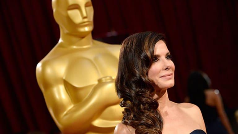Sandra Bullock Donates $1 Million to Harvey Victims, Other Celebs Step Up Too