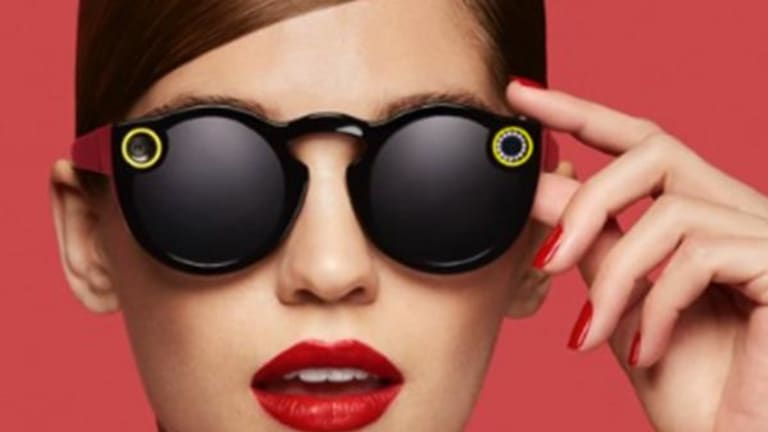 As Snapchat Nears Its Blockbuster IPO, Several Big Concerns Just Aren't Disappearing