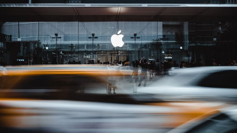 Apple Stock This Week: Nothing Can Stop It