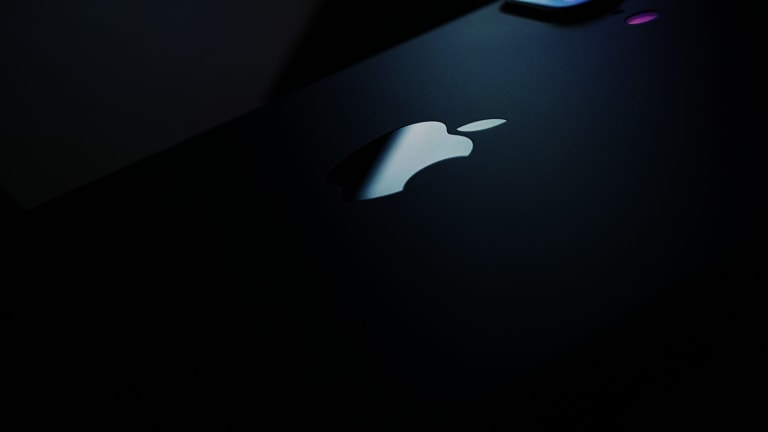 Apple Stock This Week: One Step Forward, One Step Back