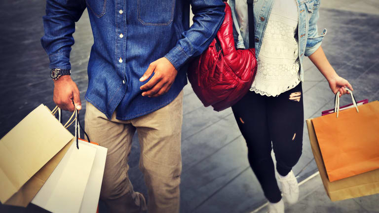 How the Consumer & Retail Industry is Adapting to Generation Z and Millennial Shoppers