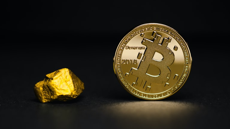 Bloomberg Research: Bitcoin Could Hit $100,000 This Year as Gold Replacement