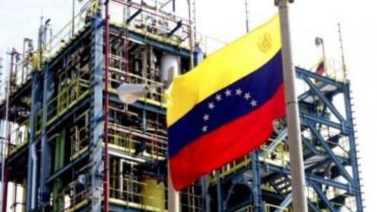 Ex-Venezuela Oil Boss: PDVSA Is Collapsing
