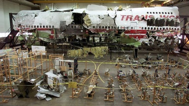 Here's how airplane crash investigations work