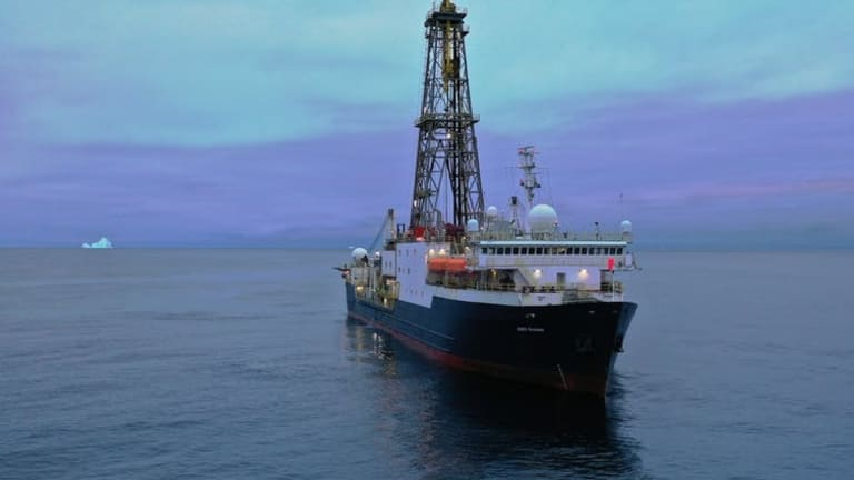 Drilling for marine sediment to decipher Earth's climate 3 million years ago