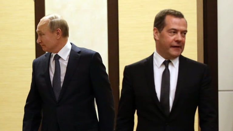 Russia's cabinet resigns and it's all part of Putin's plan
