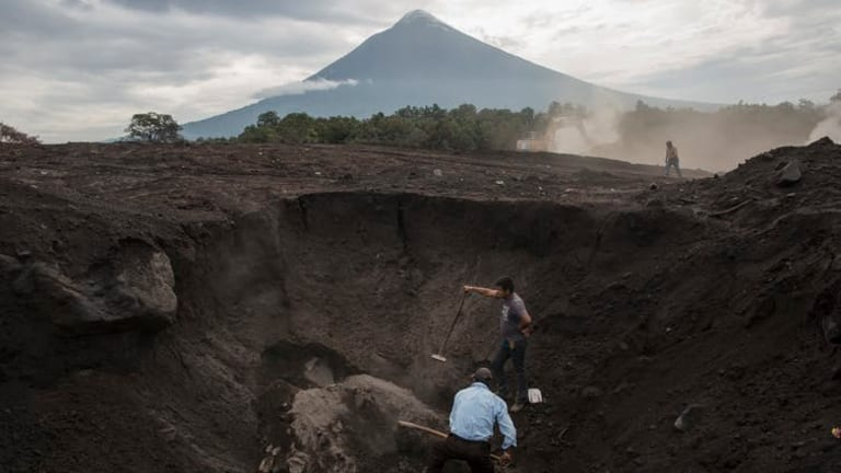 After volcano eruption, Guatemalans lead their own disaster recovery