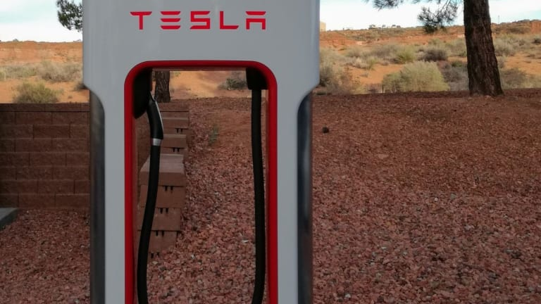 Morgan Stanley Has Had Enough, Slashes Tesla Price Target To $291 From $376