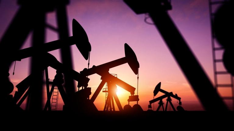 Russia, Saudi Arabia Reach Oil Deal; Production Slashed
