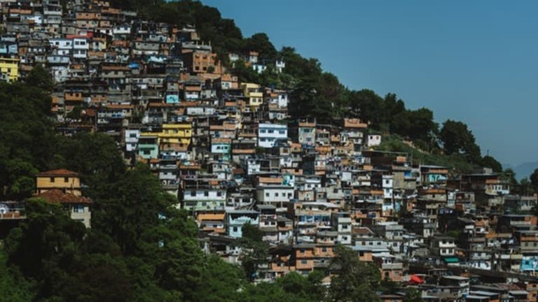 Poverty reduction in Brazil… partially gone with the cycle