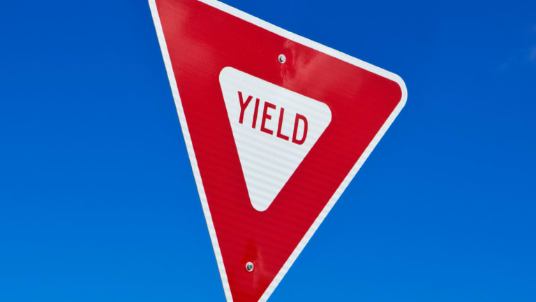 Stay Short on the Yield Curve, Look for Companies With Growing Dividends