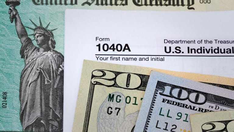 The Right Way to Avoid Unnecessary Taxes on Your Retirement Savings