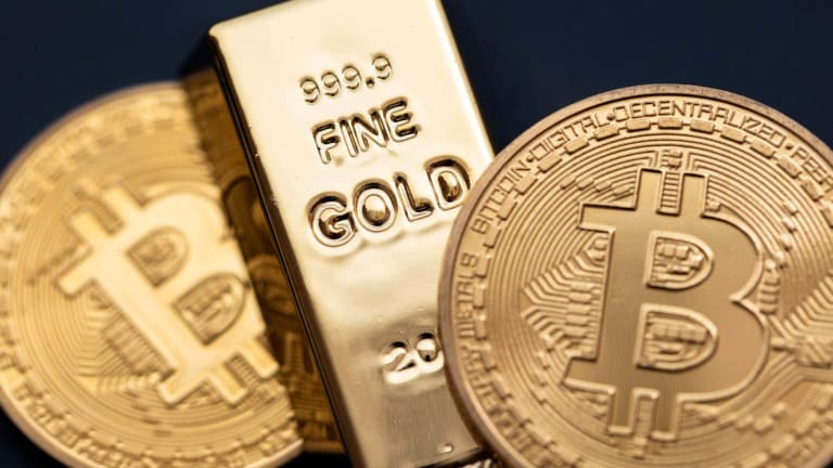 Gold and Bitcoin Are Taking Different Paths