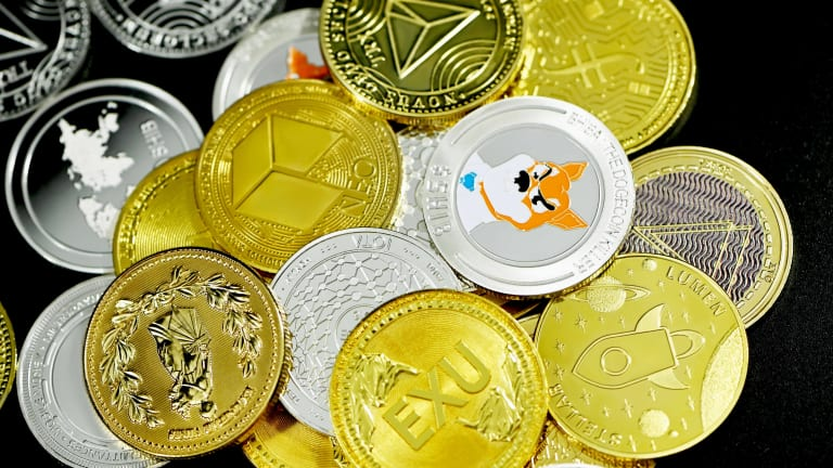Bitcoin Dominance Wanes As Altcoins Pick Up Steam