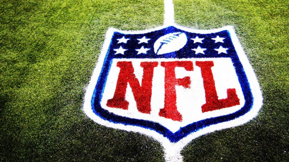 Caesars, William Hill in Betting Deal With NFL's Indianapolis Colts