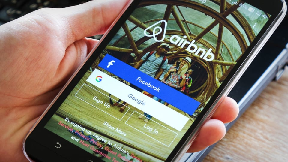 Where Jim Cramer Sees Value in Airbnb