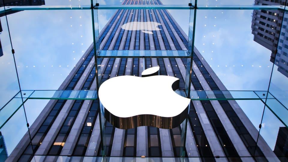 Trending Market News Friday: Apple, Exxon, Consumer Spending