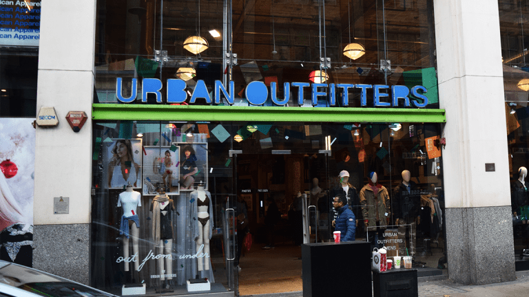 Urban Outfitters Rises Despite Second-Quarter Sales Miss