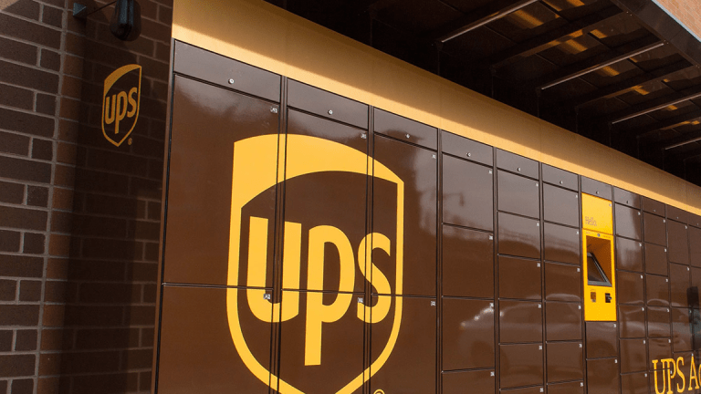 UPS, Expecting 'Record Peak Season,' Launches Holiday-Hiring Spree