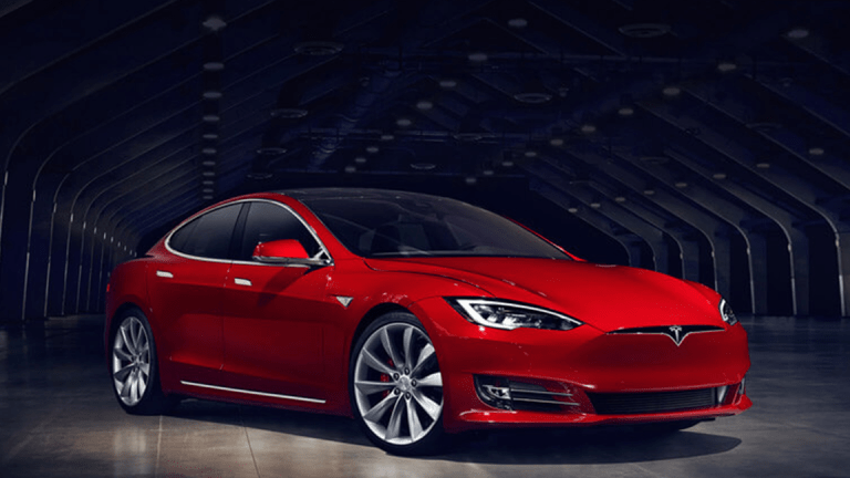 Here's the Last Day to Buy a Tesla and Get the Full EV Tax Credit