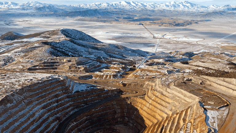 Barrick Gold Gains After Q2 Earnings, 2019 Output Guidance as Bullion Soars