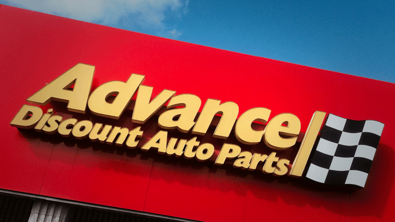 Advance Auto Parts Expected to Earn $2.22 a Share