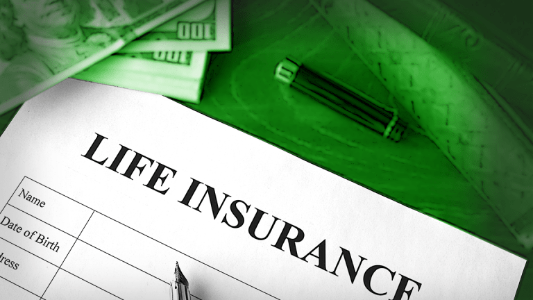 Whole Life vs. Term Life Insurance: What's the Difference?