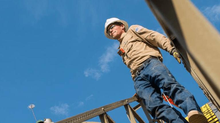 Chesapeake Energy Climbs Despite First-Quarter Revenue Miss