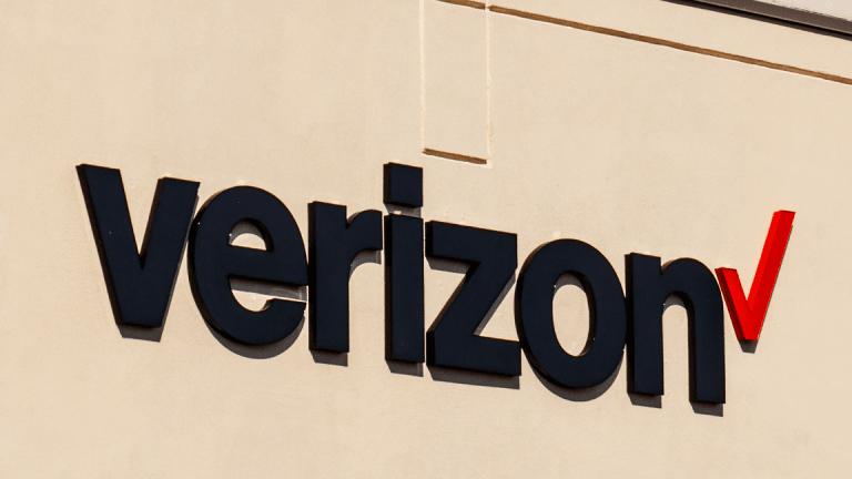 Verizon Third-Quarter Earnings Beat Analysts' Forecasts