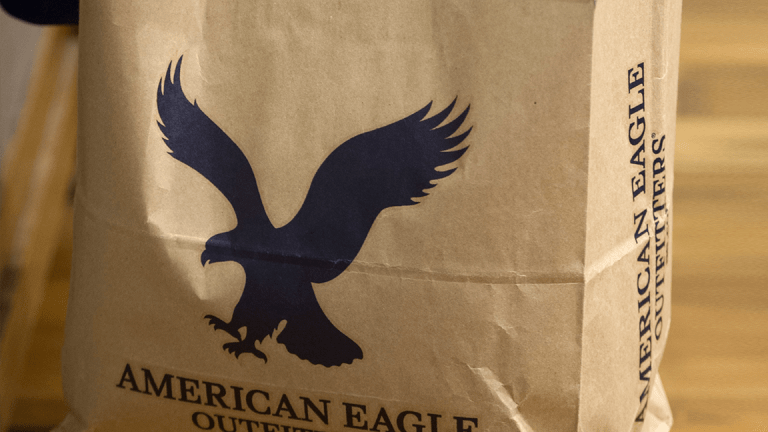 American Eagle Tops Q2 Earnings Forecast, But Same Store Sales Trail Wall Street