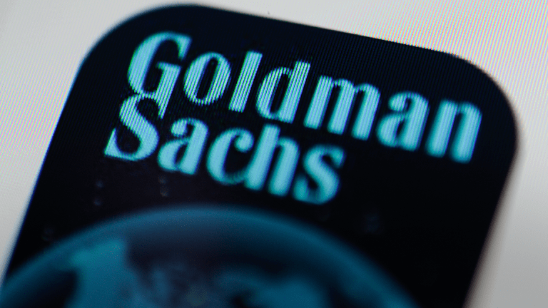 Goldman Shares Slump on Outlook Worries as Profit Jumps 40%